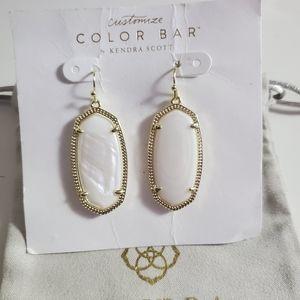 NWT Kendra Scott White MOP Elle Earrings